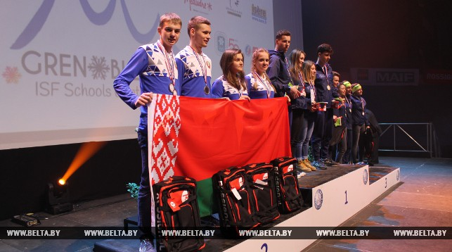 Белорусские биатлонисты Павел Белько, Антон Шидловский, Карина Ануфриенко, Дарья Кудаева