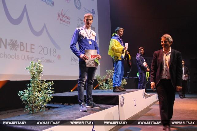 Серебряный призер в спринтерской гонке по биатлону Павел Белько