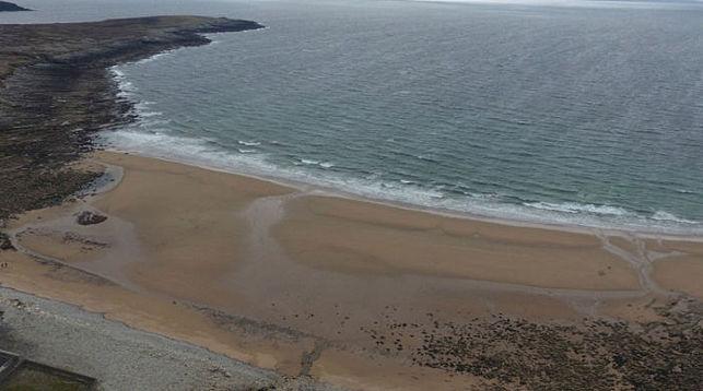 Наирландский остров неожиданно вернулся песчаный берег