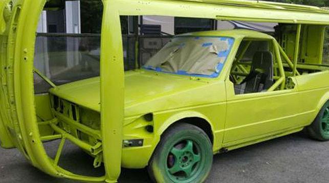 Представлен гоночный фургон Фольксваген умеющий ездить набоку