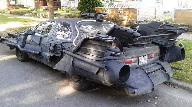ВСоединённых Штатах запечатлели «бэтмобиль» Тойота Camry