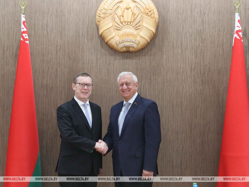 Эйнарс Семанис и Михаил Мясникович