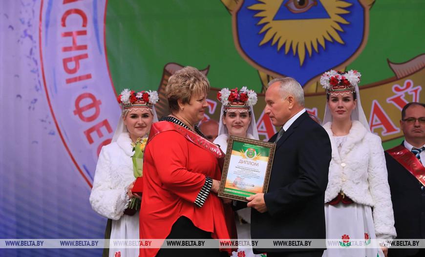 Николай Шерстнев во время награждения