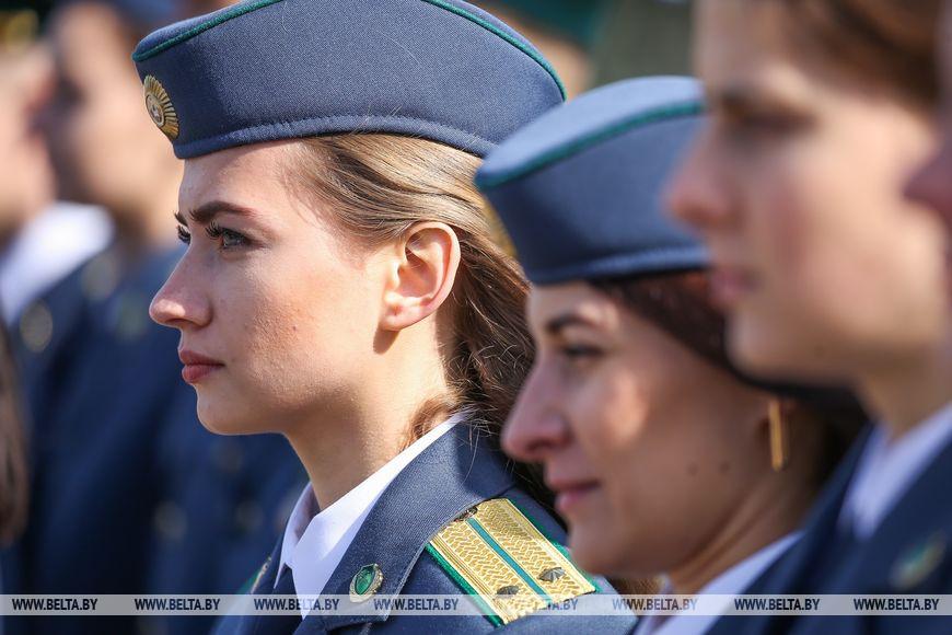Работа на таможне в беларуси для девушек работа для девушек в сфере досуга и эскорта
