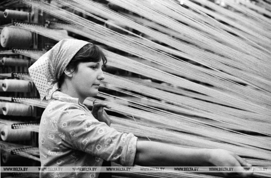 Брестську виробниче коврово-суконна об'єднання, жовтень 1980 року