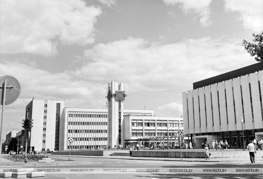 У районі торгового центру по вулиці Московській, вересень 1981 року