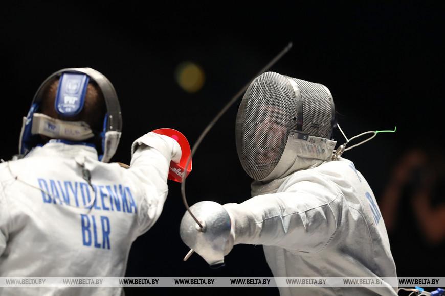 Финальные соревнования в сабле у мужчин. Антон Давыденко - Сергей Кисель