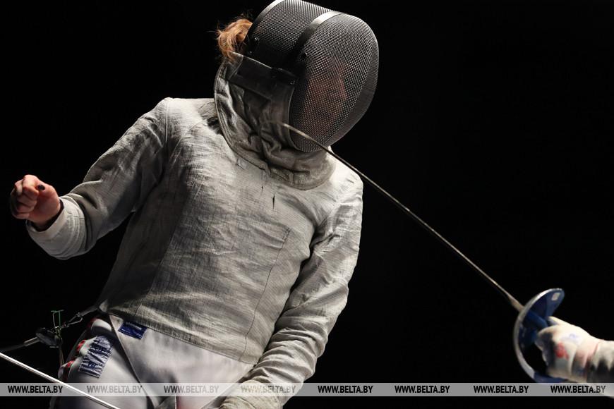 Финальные соревнования в сабле у женщин. Екатерина Рогачевская - Полина Касперович