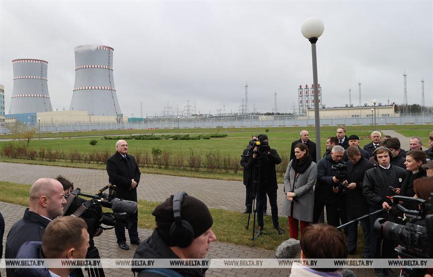 Лукашенко: мы примем новую Конституцию, но без всякой ломки и катастроф