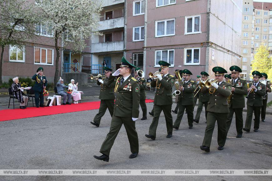 Оркестр Гродненской пограничной группы исполнил марши и популярные военные песни