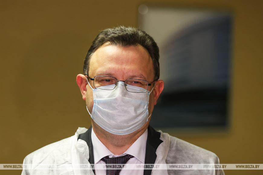 Министр здравоохранения Дмитрий Пиневич рассказал о сроках вакцинации от COVID-19.