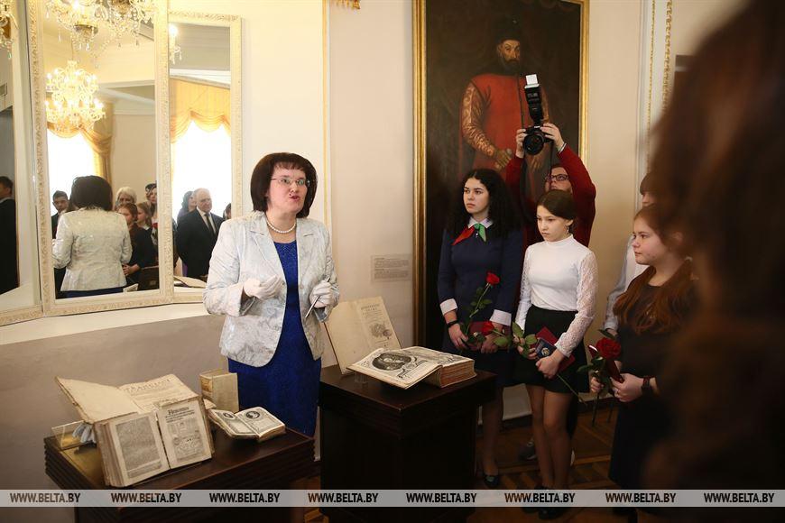После торжественной церемонии гости ознакомились с коллекцией старинных книг из фондов музея. Некоторые из них были изданы еще в XV веке