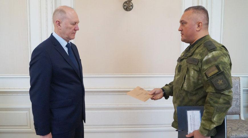 Владимир Кравцов и Руслан Касыгин. Фото Министерства обороны