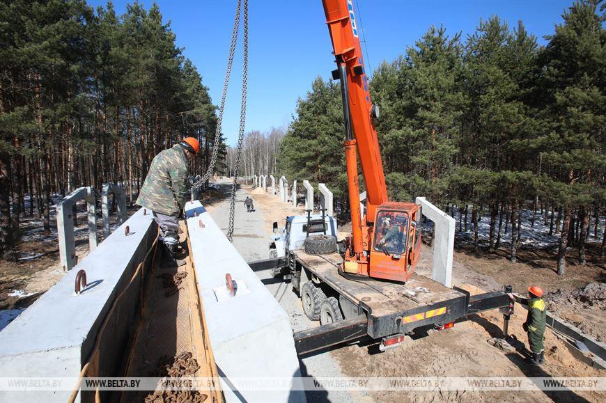 Во время строительства мемориала