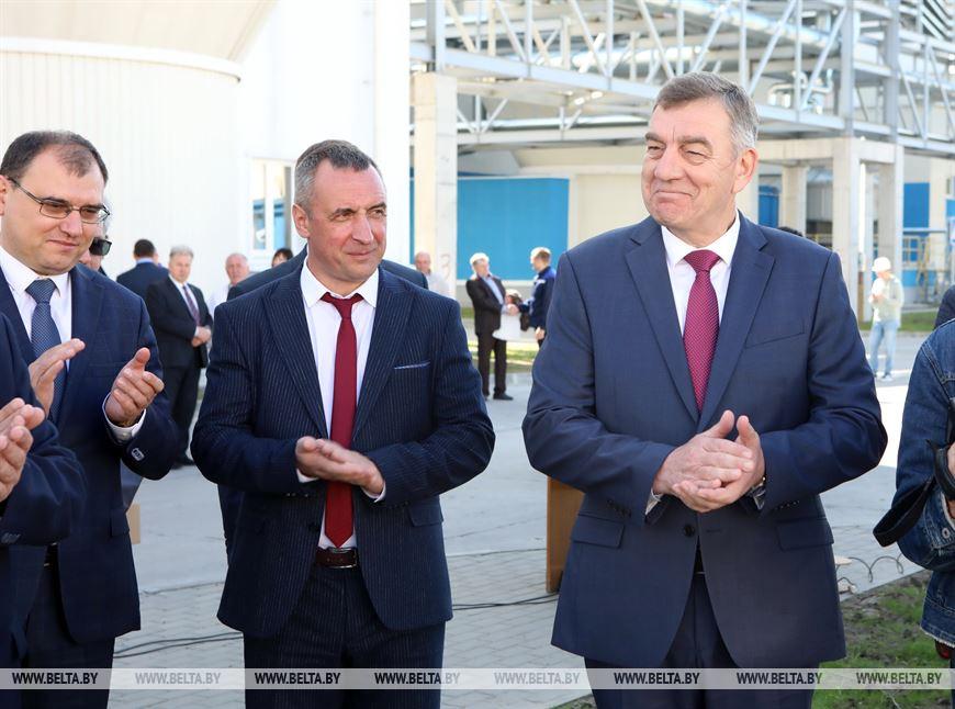 Заместитель премьер-министра Республики Беларусь Юрий Назаров принял участие в закладке памятной аллеи в честь 150-летия фабрики