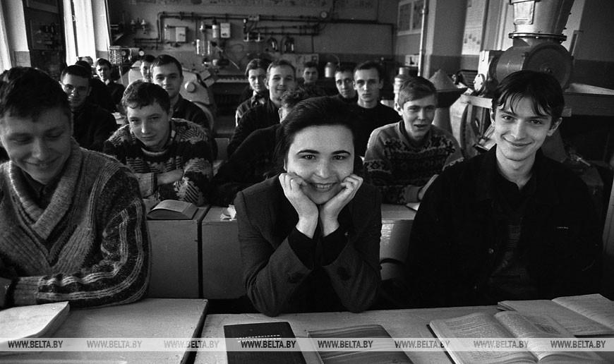 Татьяна Макеева с сокурсниками, 2000 год
