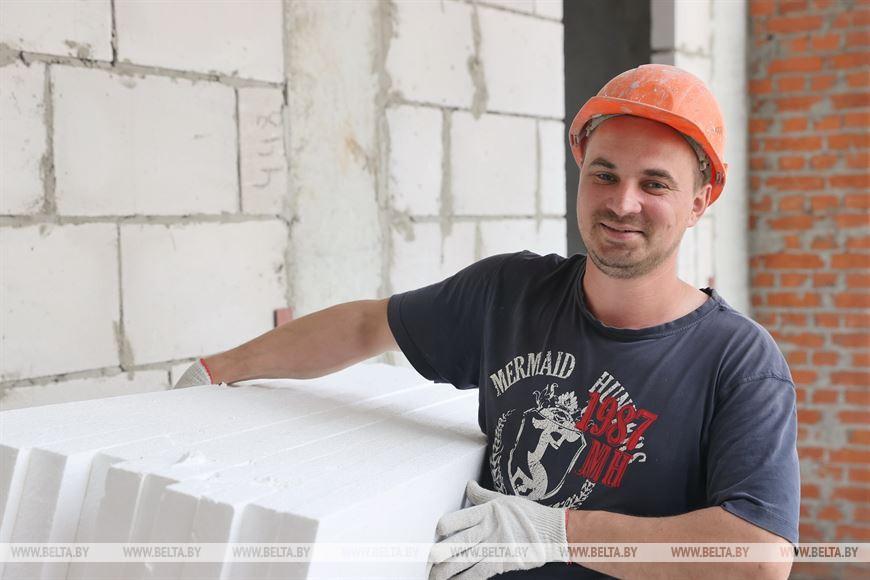 Плотник Олег Русаков