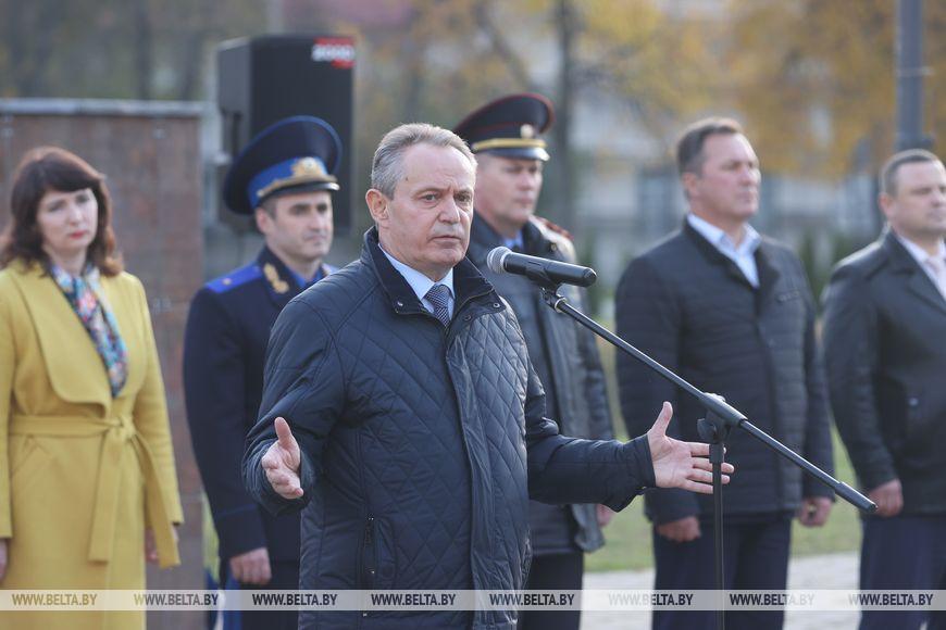 Председатель Гомельского горисполкома Петр Кириченко во время выступления